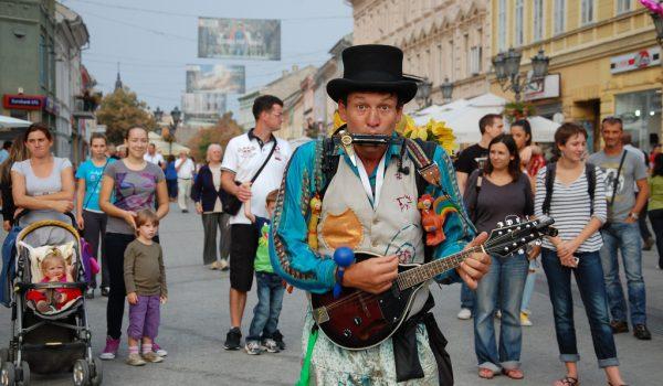 Počeo 18. Festival uličnih svirača