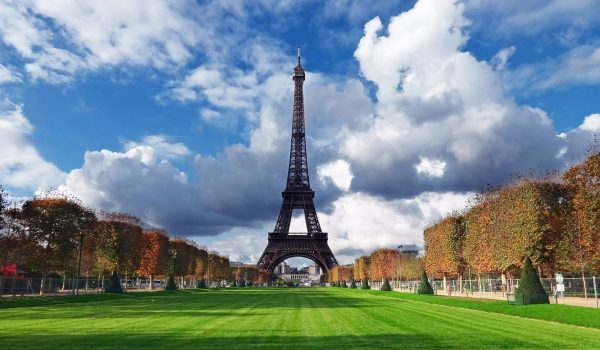 NAJMANjE 10 GAFOVA ZBOG PROPUSTA PROTOKOLA U PARIZU