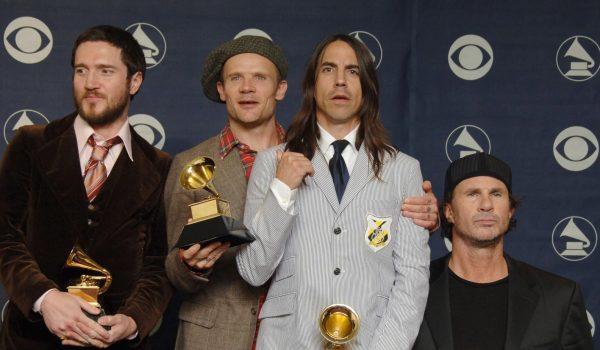 Grupa Red Hot Chili Peppers svirala ispred egipatskih piramida u Gizi
