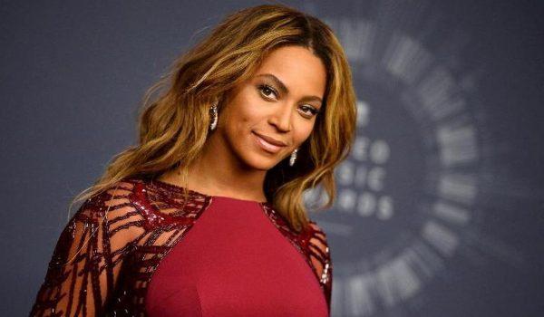 Beyonce uz dokumentarac na Netflixu iznenadila fanove i novim live albumom