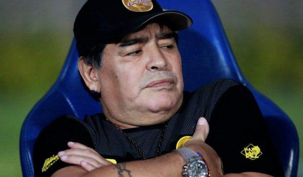 Maradona uhapšen na aerodromu u Buenos Airesu