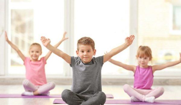 Besplatan čas joge za djecu