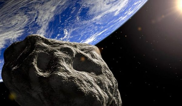 MOGUĆNOST SUDARA OGROMNA! Ka Zemlji ide asteroid dva puta veći od Ajfelovog tornja! Još veća grdosija približiće se našoj planeti za Božić!