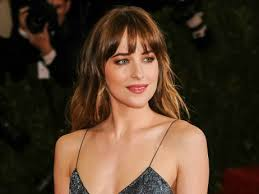 Rediteljski debi: Dakota Johnson režirala novi video grupe Coldplay