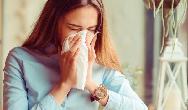 POČINJE SEZONA ALERGIJA: Kako razlikovati simptome virusa korona od alergijske bolesti disajnih puteva?