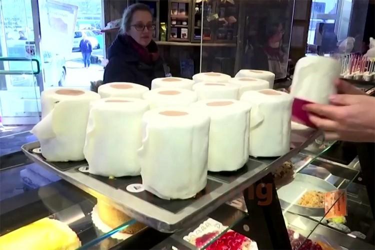 Maštoviti pekar – fondan rolnice u obliku toalet papira