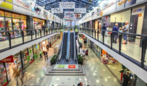 Tržni centri u FBiH nakon 70 dana danas otvaraju svoja vrata