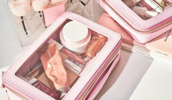 Kozmetički proizvodi koje morate imati u svom neseseru