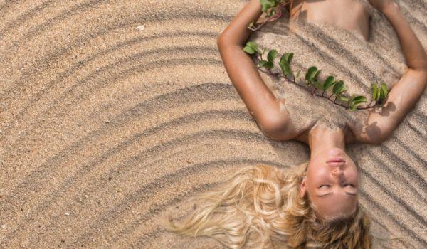 Topli pijesak uklanja bol