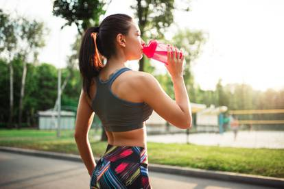 Kako biti pravilno hidratiziran za vrijeme velikih vrućina