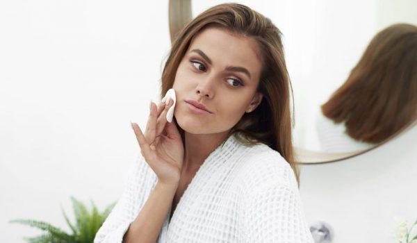 SAVRŠENO LICE BEZ CRVENILA I AKNI: Antibakterisjki proizvodi koji će vašu kožu preporoditi i učiniti je zdravom!