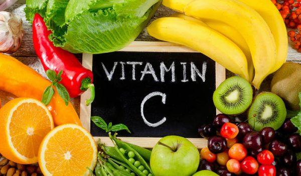 Hrana bogata vitaminom C pomoći će vam u borbi protiv bora