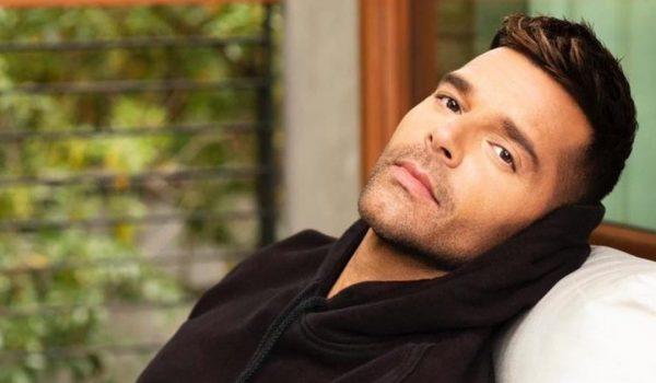 Ricky Martin za magazin Vogue snimio svoju rutinu za njegu lica