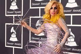 "PREMA IZBORU ČASOPISA ""PIPL"": Lejdi Gaga najbolje odevena javna ličnost"